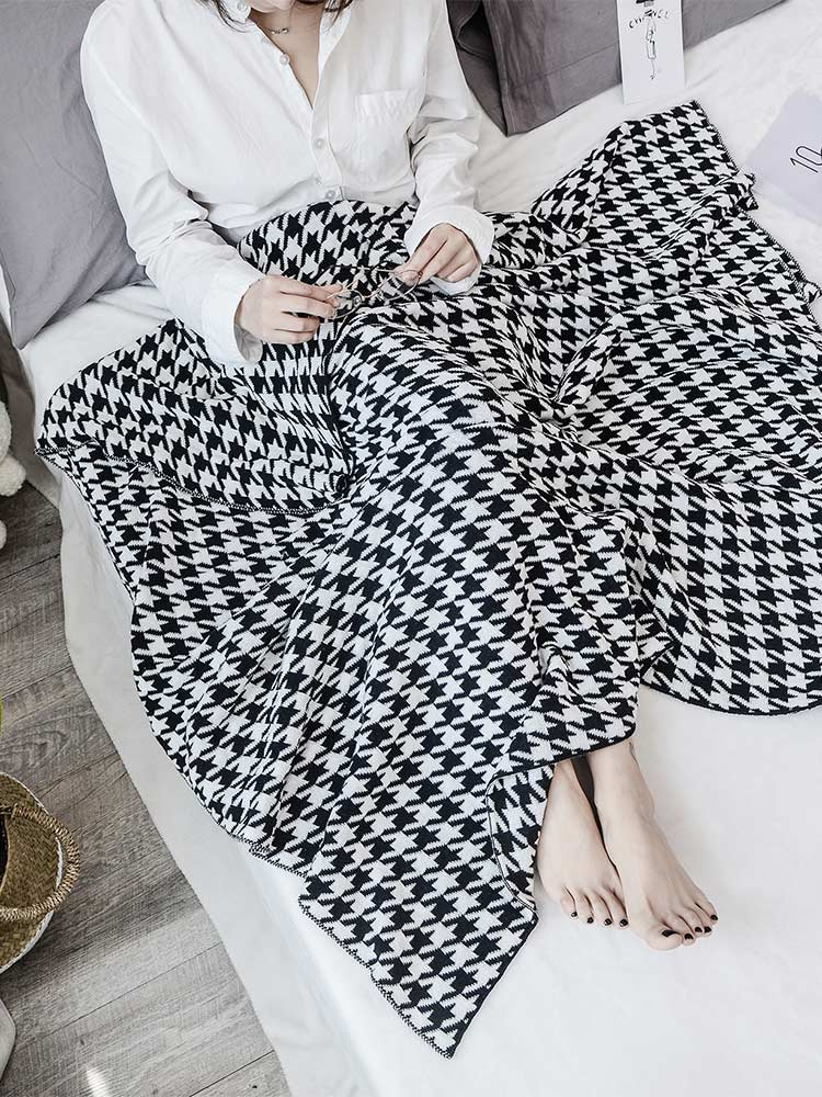 Houndstooth_Blanket